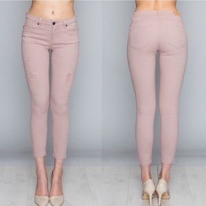 🆕Sexy blush pink distressed ankle jeans